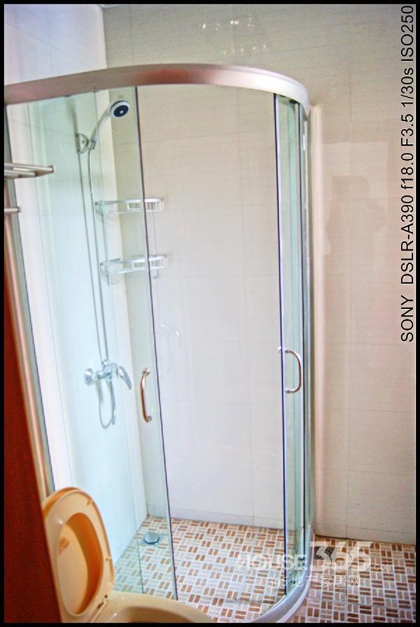 九洲新家园3室2厅1卫116�O整租精装