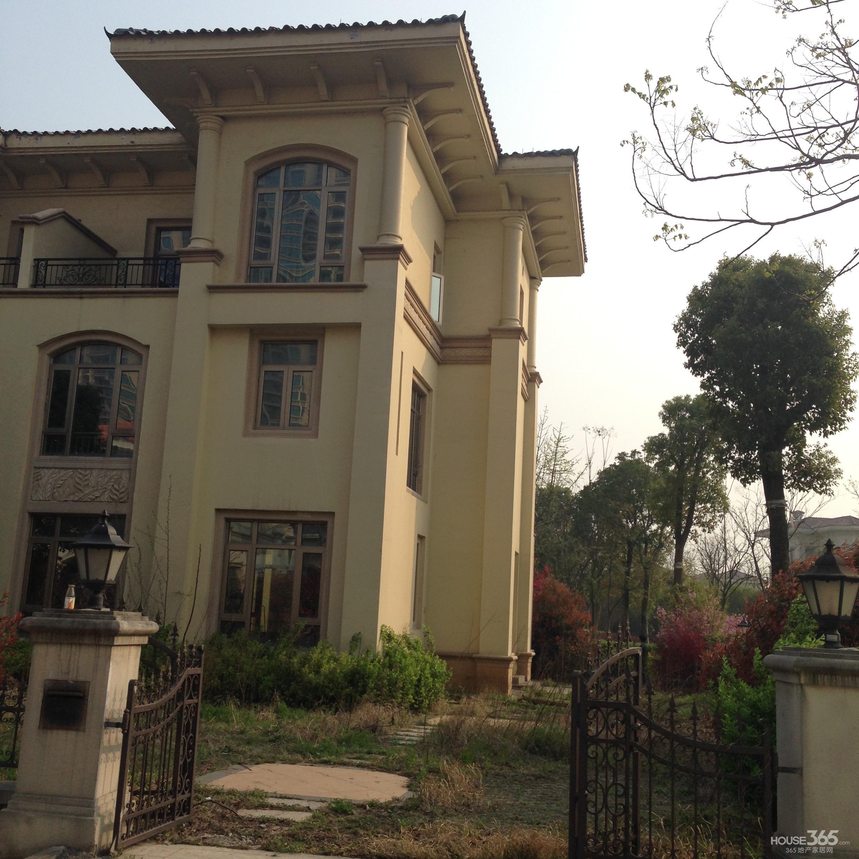 恒大双拼别墅,绝版户型,送大院子300平米,独家房源