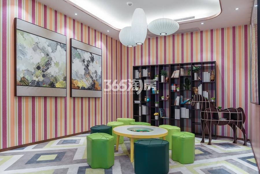 新城香悦公馆售楼部儿童区  2017年3月摄
