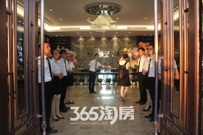 金科海昱东方售楼部大厅实景图(2017.9.4)