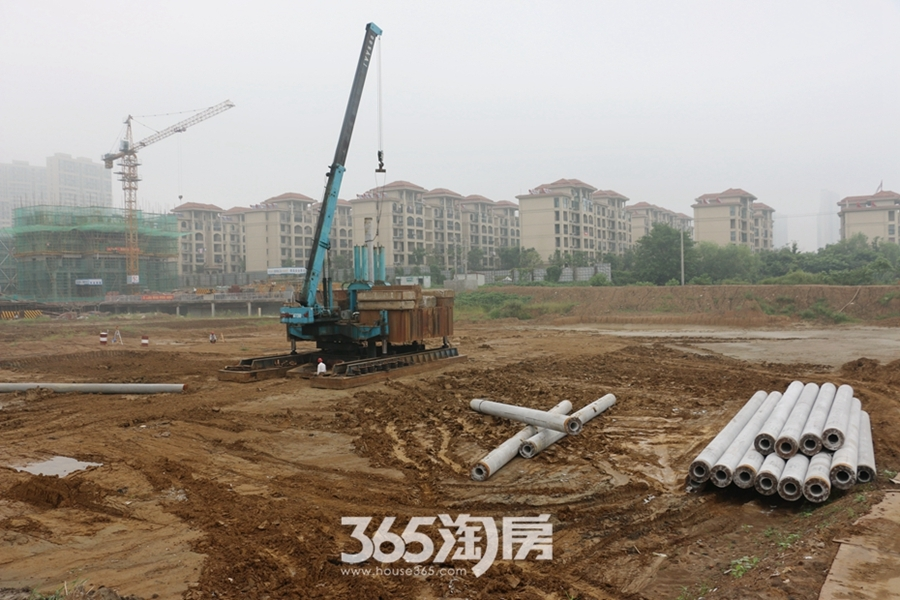 卓瑞北宸龙湖湾施工现场(2017.9摄)